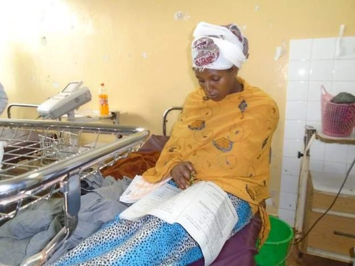 Unbelievable! Woman Sits For Her Exam Just 30 Minutes After Giving Birth (Photo) 3