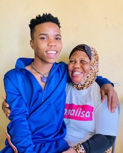 Wow!  Lyta Pictured With His Beautiful Blinded Mother (See Photos) 4