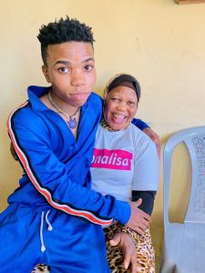 Wow!  Lyta Pictured With His Beautiful Blinded Mother (See Photos) 3
