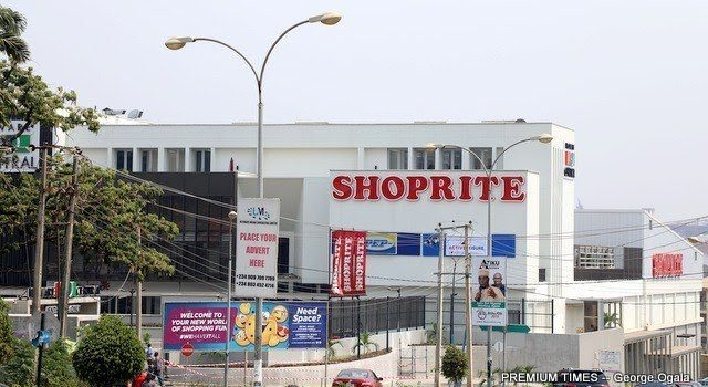 Students Shut Down Shoprite In Ogun Over Xenophobia In South Africa 18