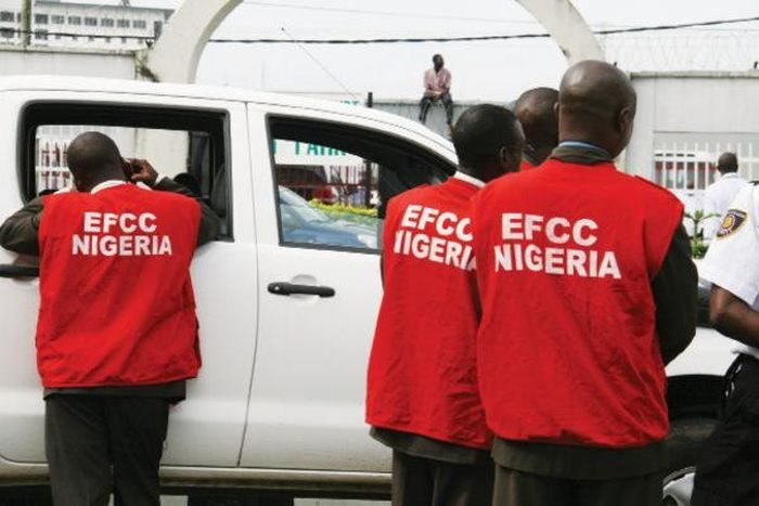 UPDATE! How We Were Attacked At Ambode's House – EFCC 2