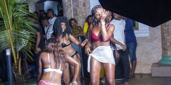 PHOTOS!! The Pool Party That Got Many People Wasted (Wet, Wild 'N' Wasted by DJ Val) 2