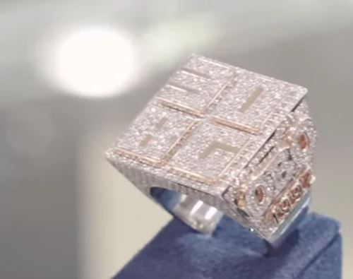 Checkout How The Worth Of Davido's 30BG New Ring And How Many Diamonds Are In It 2