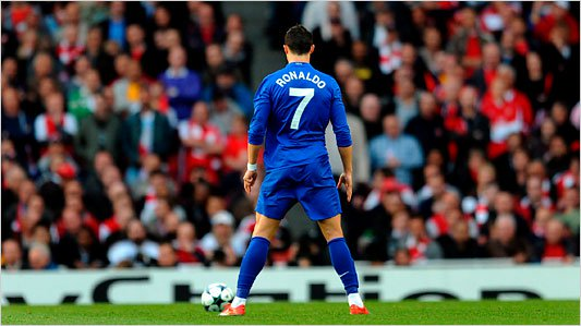 UNBELIEVABLE!! See The 15 Free-kicks Only Cristiano Ronaldo Can Score (Watch Video) 9