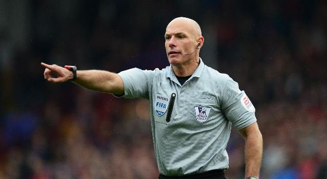 Howard Webb Reveals What VAR Will Do To The Premier League This Season 21