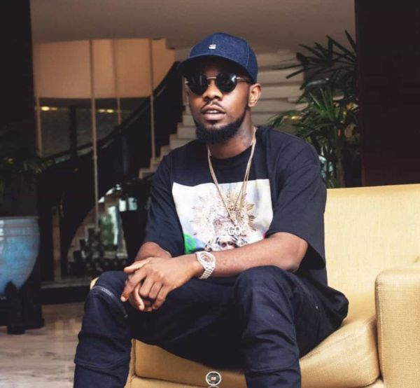 Patoranking Makes A Fan's Dream Come True – See What He Promised To Do For A Fan 1