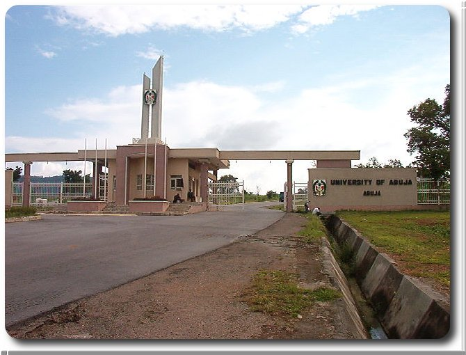 UNIABUJA Sex for Marks Scandal: Another Nigerian Lecturer Caught Pants Down 1