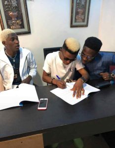 OGBOMOSO TO THE WORLD!! Zakizzy Signs A Record Deal With Dubai,  Floating Entertainment Records  (Photos) 2
