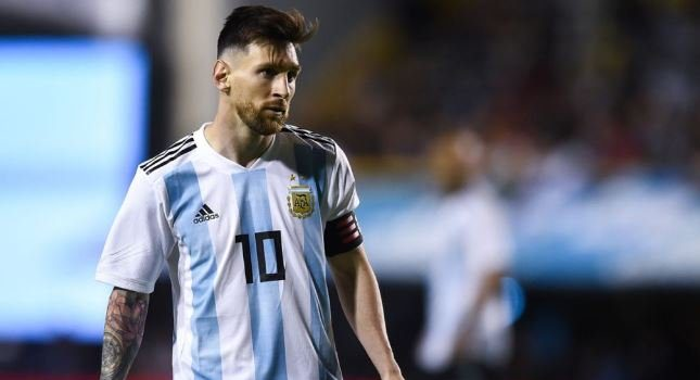 SO SAD!! See What Messi Said That Made His Argentina Team-mates Shed Tears 9