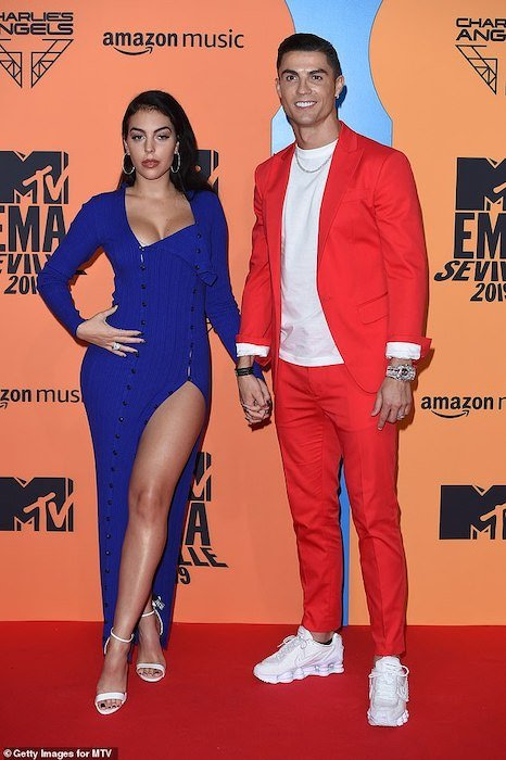 WORLD BEST!!! Ronaldo And His Girlfriend Turned Up For MTV EMA (Photos) 2