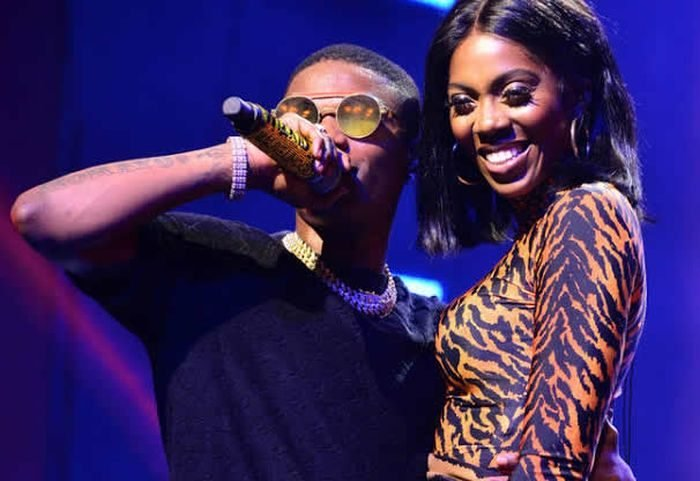 Wizkid Grab Tiwa Savage's Ass On Stage And Rock Her At One Africa Music Fest (Video) 2