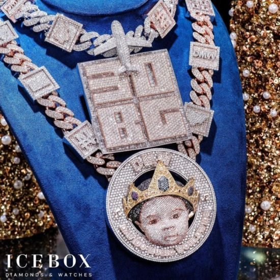 TOO MUCH MONEY!!! Davido Reveals The Face Of His Son, Ifeanyi On N150Million Customized Diamond Necklace 3