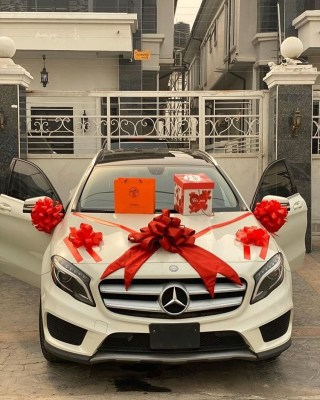 This Kind Love Is Rare!! Nigerian guy bought a brand new Benz for his Girlfriend for Valentine (Photos+Video) 4