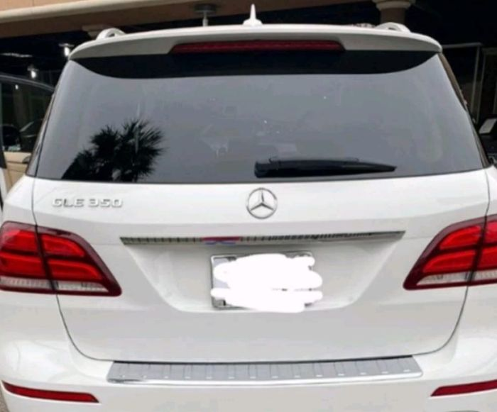 GOD WHEN!!! Lady Buys Mum A New Benz As Valentine's Gift 2