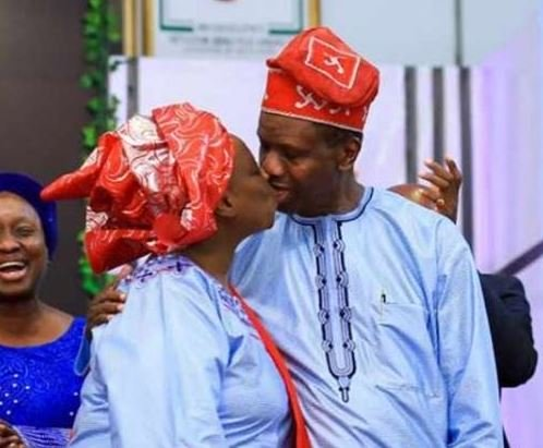 Pastor Adeboye Shows He's Not Too Old For Valentine's Day, Kisses His Wife (Photos) 2