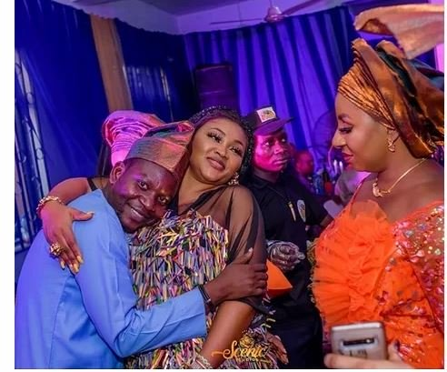 Mide Martins's Epic Reaction As Afeez Owo Rests His Head On Mercy Aigbe's Chest 1