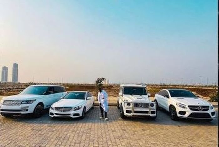 Kizz Daniel And Zlatan Flaunts Their Cars – Who Do You Think Is Richer? 2