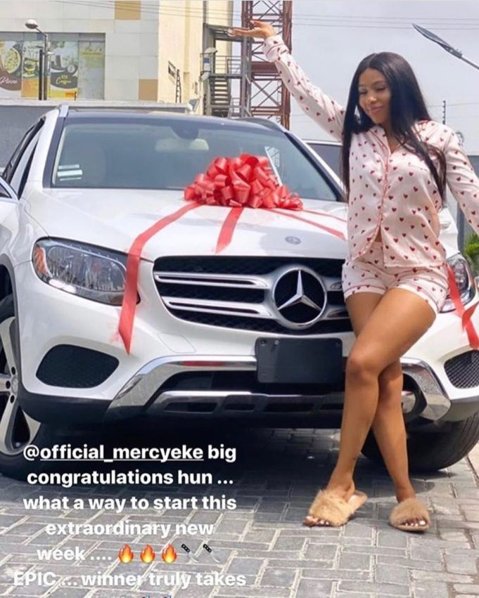 Mercy Eke receives a Mercedes Benz gift (video) 1