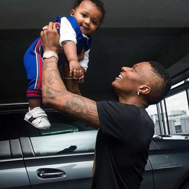 Wizkid Eats Pounded Yam And Egusi Soup With His Son Zion (Watch Video) 1