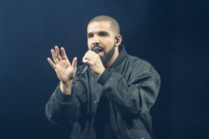 """WOW!! America Superstar """"Drake"""" Acknowledge Sarz and Shizzi For Playing Come Closer On """"Battle Of Hits"""" 1"""