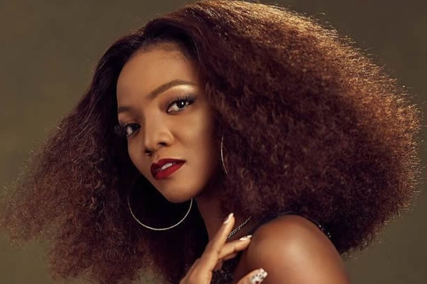 Why Do We Have To Beg For Everything? – Simi Asks Buhari 1
