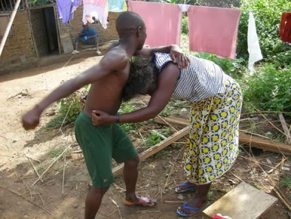 Husband Breaks Wife's Head With Pestle Because Of Bucket And Chicken (Read Full Details) 1
