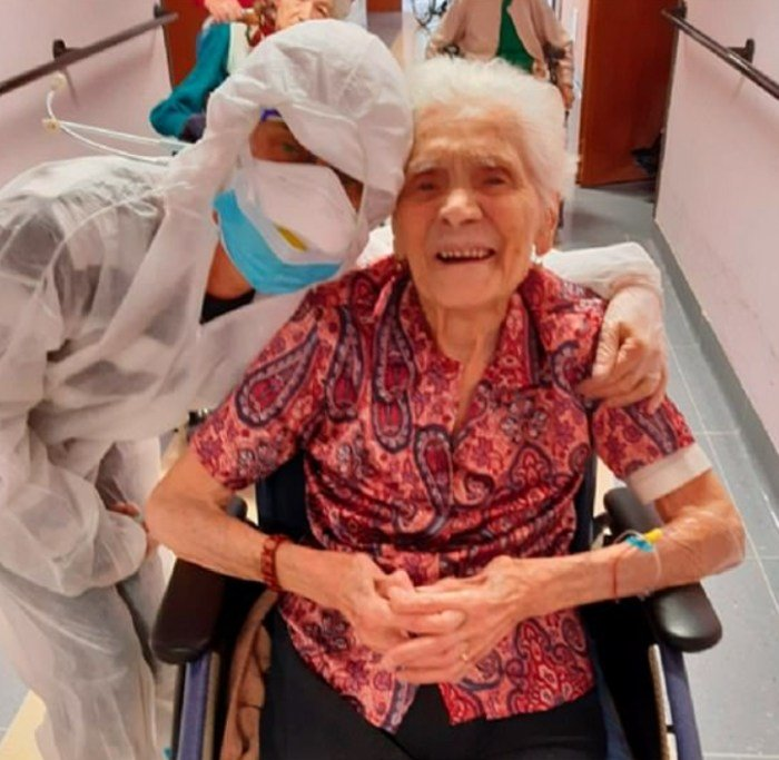 104 Year Old Woman Becomes World's Oldest Person To Survive Coronavirus (Photos)