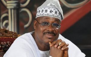 Ajimobi's Burial: No Social Distancing As People Struggle To Get Food (Video)