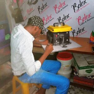 Meet Prince Obua: A Nigerian Man From Rivers State Ikwere Local Government Area Craft Cake Like A Generator. 22