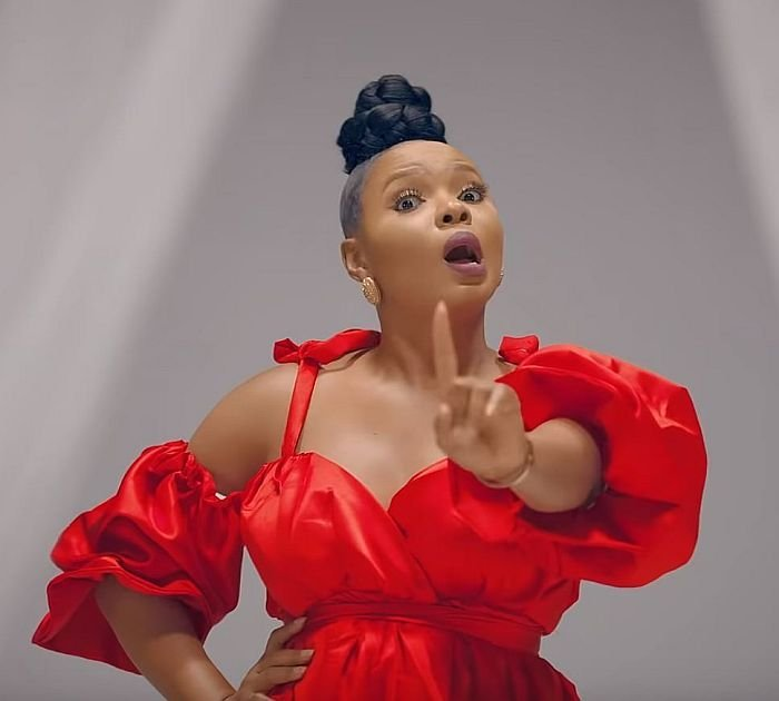 If You're Struggling & Still Insulting Hardworking People; Talk To Your Village People – Yemi Alade Slams Trolls 1