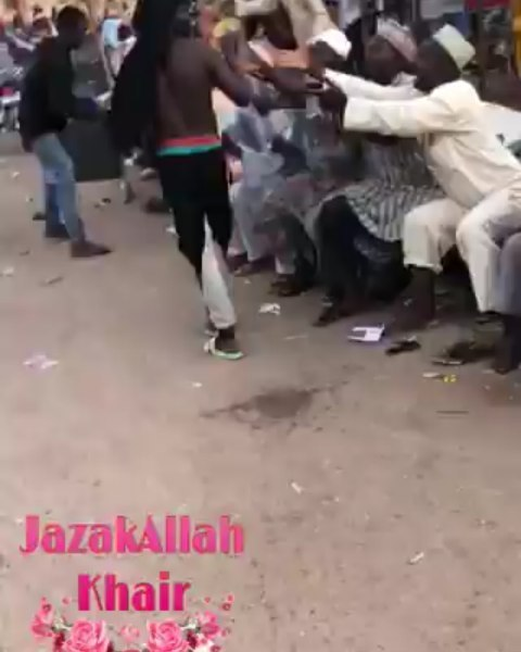 #ENDSARS: Residents Share Covid-19 Palliatives Carted Away From A Warehouse To Beggars