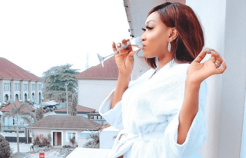 Actress, Oge Okoye Gets Fans L!cking Their Screens As She Shared A Photo Of Herself Revealing Her Thighs