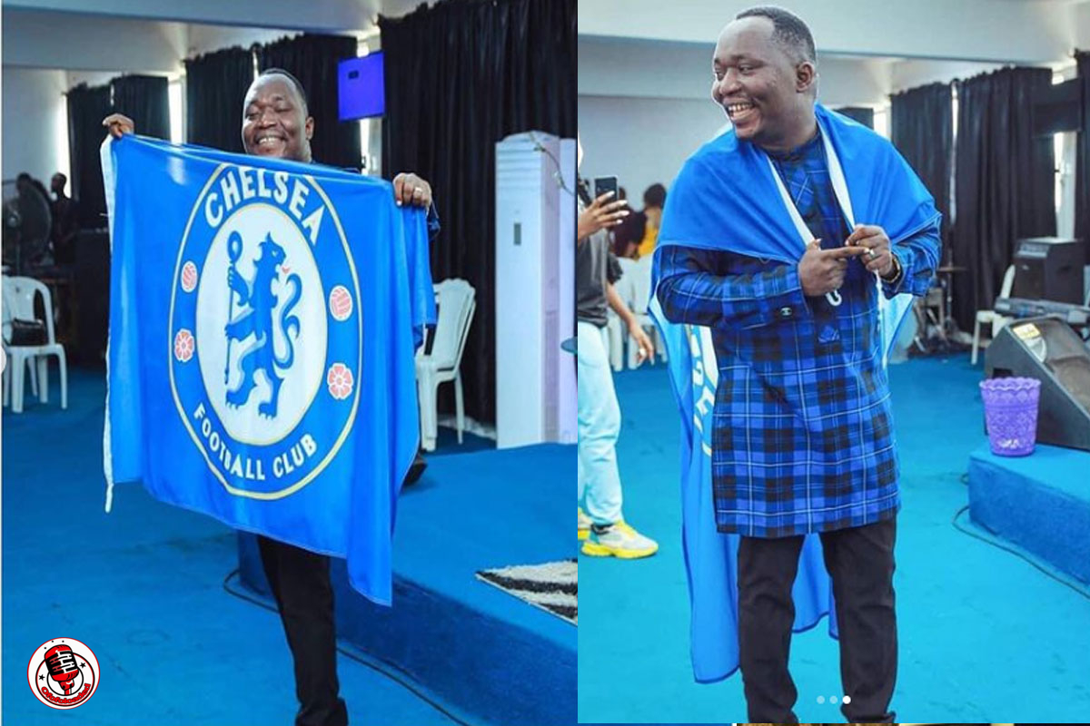 Pastor Leads His Church Members In Celebrating Chelsea FC's Victory In Imo State min